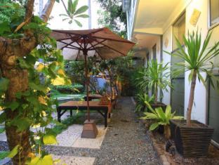 Frangipani Villa-90s hotel Phnom Penh - Garden