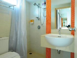 BS Residence Suvarnabhumi Bangkok - Superior Shower room