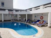 Avari Barsha Hotel Apartments: swimming pool