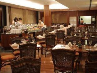 Caesar Business Sao Paulo International Airport Hotel Гуарулхос - Ресторан