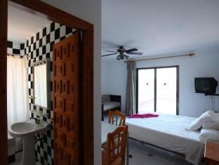 /fi-fi/es-grop-apartments/hotel/ibiza-es.html?asq=vrkGgIUsL%2bbahMd1T3QaFc8vtOD6pz9C2Mlrix6aGww%3d