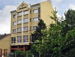 /nl-nl/hotel-chesscom/hotel/budapest-hu.html?asq=jGXBHFvRg5Z51Emf%2fbXG4w%3d%3d
