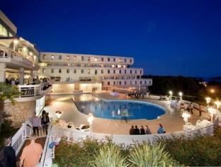 /es-es/hotel-delfin/hotel/porec-hr.html?asq=vrkGgIUsL%2bbahMd1T3QaFc8vtOD6pz9C2Mlrix6aGww%3d