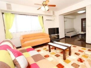 AQ Big 3 bedroom and Living near Namba station