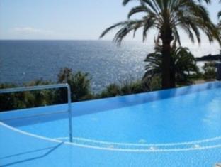 /pestana-promenade-ocean-resort-hotel/hotel/funchal-pt.html?asq=jGXBHFvRg5Z51Emf%2fbXG4w%3d%3d