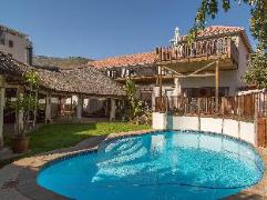 Sunshine Letting Self Catering Apartments | Cheap Hotels in Cape Town South Africa