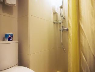 Oriental Lander Hotel Hong Kong - Kylpyhuone
