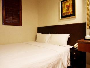 Oriental Lander Hotel Hong Kong - Triple