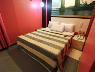 Eurotel North Edsa Hotel Manila - Guest Room