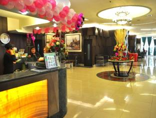 Eurotel North Edsa Hotel Manila - Reception