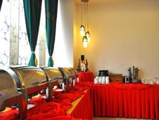 Eurotel North Edsa Hotel Manila - Breakfast Area