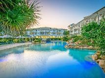 Mantra On Salt Beach: swimming pool