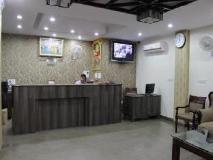 Hotel Sunrise: lobby