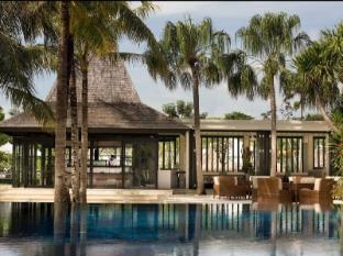 The Royal Santrian Luxury Beach Villas Bali - Tepannyaki Restaurant