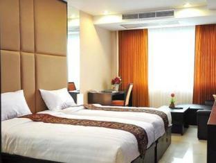 Le Platinum Hotel
