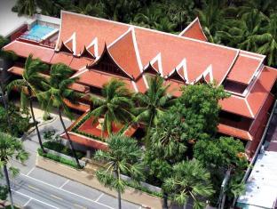 Royal Phawadee Village Patong Beach Hotel Phuket - zunanjost hotela