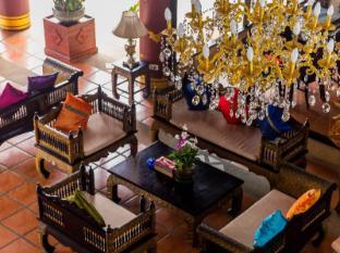 Royal Phawadee Village Patong Beach Hotel Phuket - recepcija