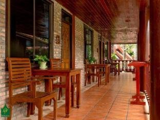 Royal Phawadee Village Patong Beach Hotel Phuket - balkon/terasa