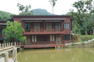 /the-acacia-retreat_2/hotel/bentong-my.html?asq=jGXBHFvRg5Z51Emf%2fbXG4w%3d%3d