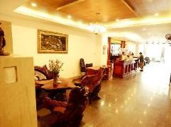 Xuan Hung Hotel | Da Nang Budget Hotels