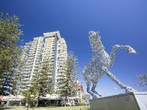 Mantra Broadbeach on the Park Hotel: exterior