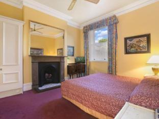 Albert & Victoria Court Hotel Sydney - Guest Room