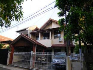 Sava Guest House