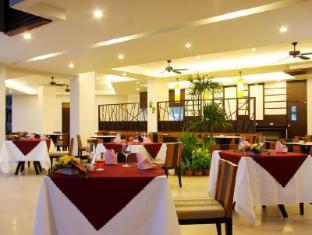 Andakira Hotel Phuket - Restaurant