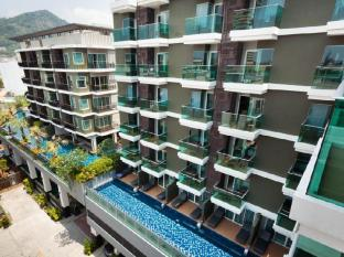 Andakira Hotel Phuket - Day Time