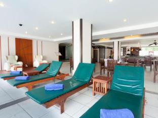 Andakira Hotel Phuket - Beach chair