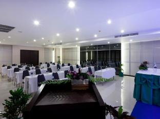 Andakira Hotel Phuket - Meeting Room