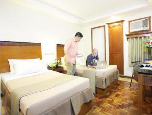 Fersal Hotel Annapolis, Cubao Manila - Deluxe Double