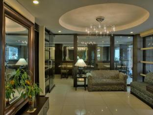 Fersal Hotel Neptune Makati Manila - Hotel Lobby