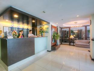 Fersal Hotel Neptune Makati Manila - Reception