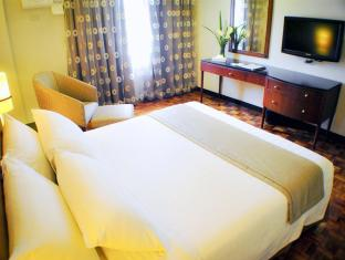 Fersal Hotel Neptune Makati Manila - Guest Room