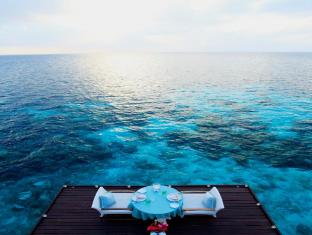 Centara Grand Island Resort & Spa All Inclusive Maldives Islands - Exterior