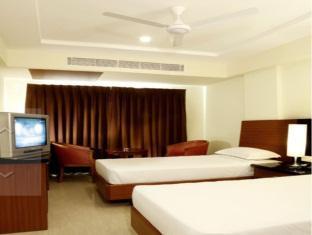 Central Tower Hotel Chennai - Executive Room
