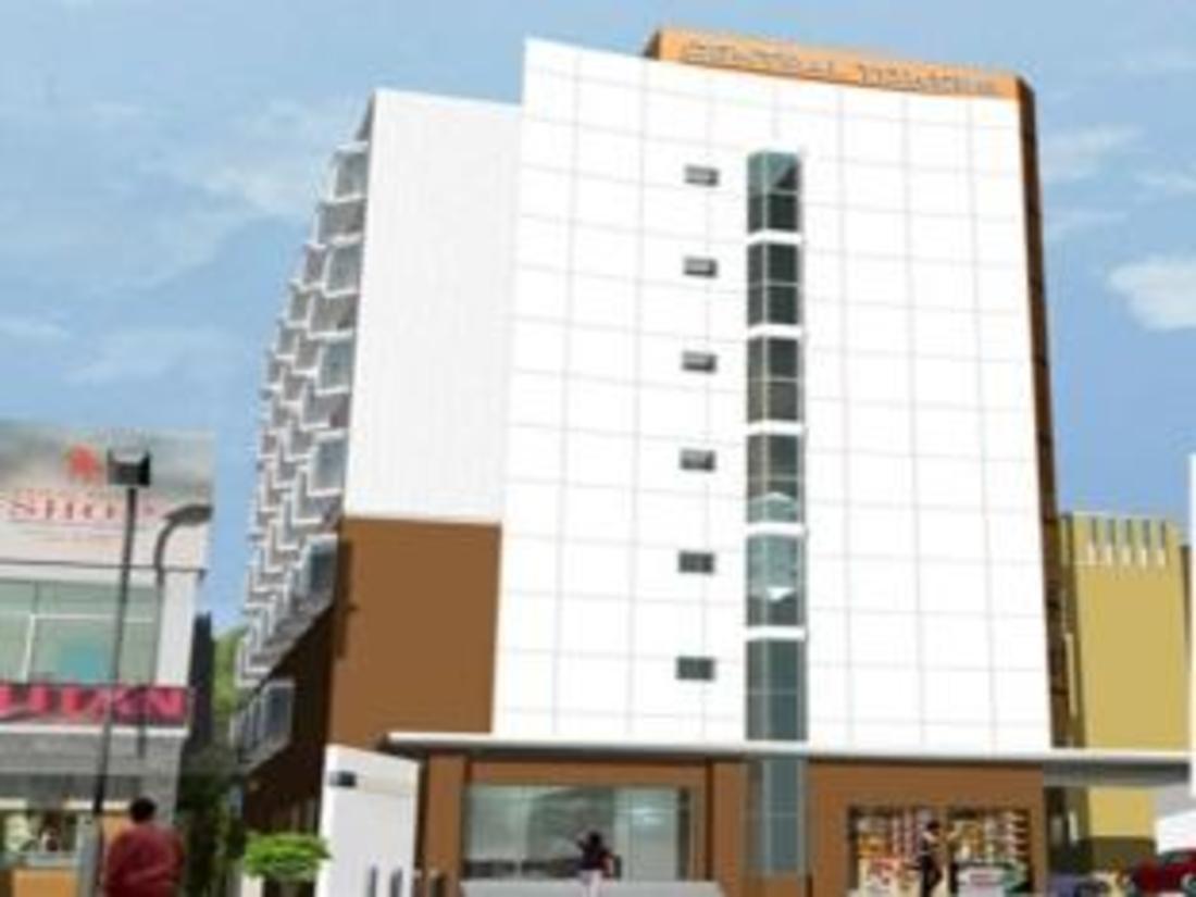 בית המלון מבחוץ