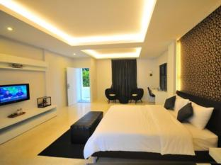 Surintra Resort Phuket - Guest Room