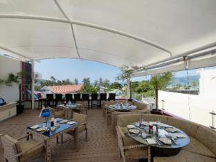 Absolute Bangla Suites Hotel Phuket - Restaurace