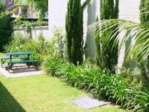 Avonmore on The Park Boutique Hotel: garden