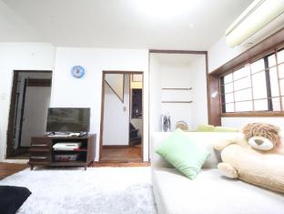 KIM 5 Bedroom Big House in Central Tokyo