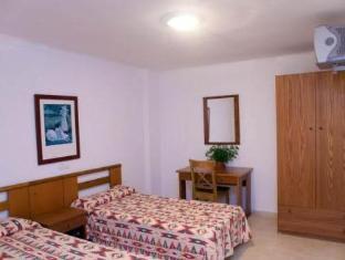 /fi-fi/hostal-costa-blanca/hotel/ibiza-es.html?asq=vrkGgIUsL%2bbahMd1T3QaFc8vtOD6pz9C2Mlrix6aGww%3d