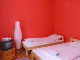 /frolic-goats-hostel/hotel/poznan-pl.html?asq=jGXBHFvRg5Z51Emf%2fbXG4w%3d%3d