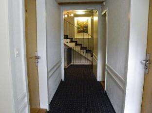 /hotel-limmathof/hotel/zurich-ch.html?asq=vrkGgIUsL%2bbahMd1T3QaFc8vtOD6pz9C2Mlrix6aGww%3d