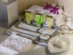Orchid Country Club Hotel Singapore - Room Amenities
