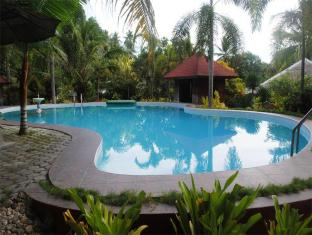 Hof Gorei Beach Resort Davao City - בריכת שחיה