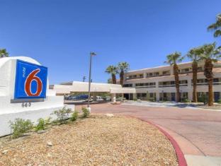 /motel-6-palm-springs-downtown/hotel/palm-springs-ca-us.html?asq=jGXBHFvRg5Z51Emf%2fbXG4w%3d%3d