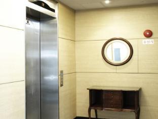 M Biz Hotel Coex Seoul - Elevator
