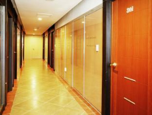 M Biz Hotel Coex Seoul - Hallway